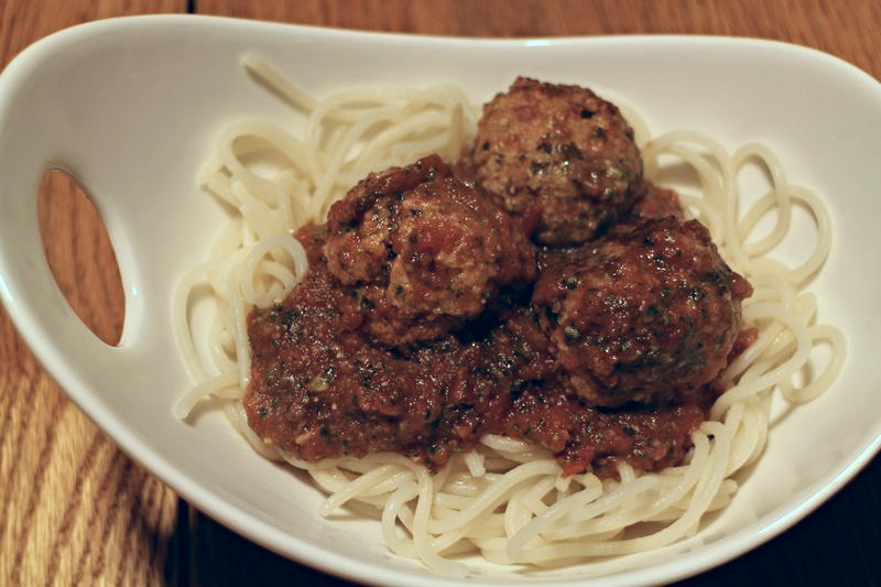 Gluten-free Turkey Meatballs from www.exquisitedish.com